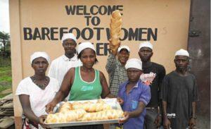 De broden van de Barefoot Women